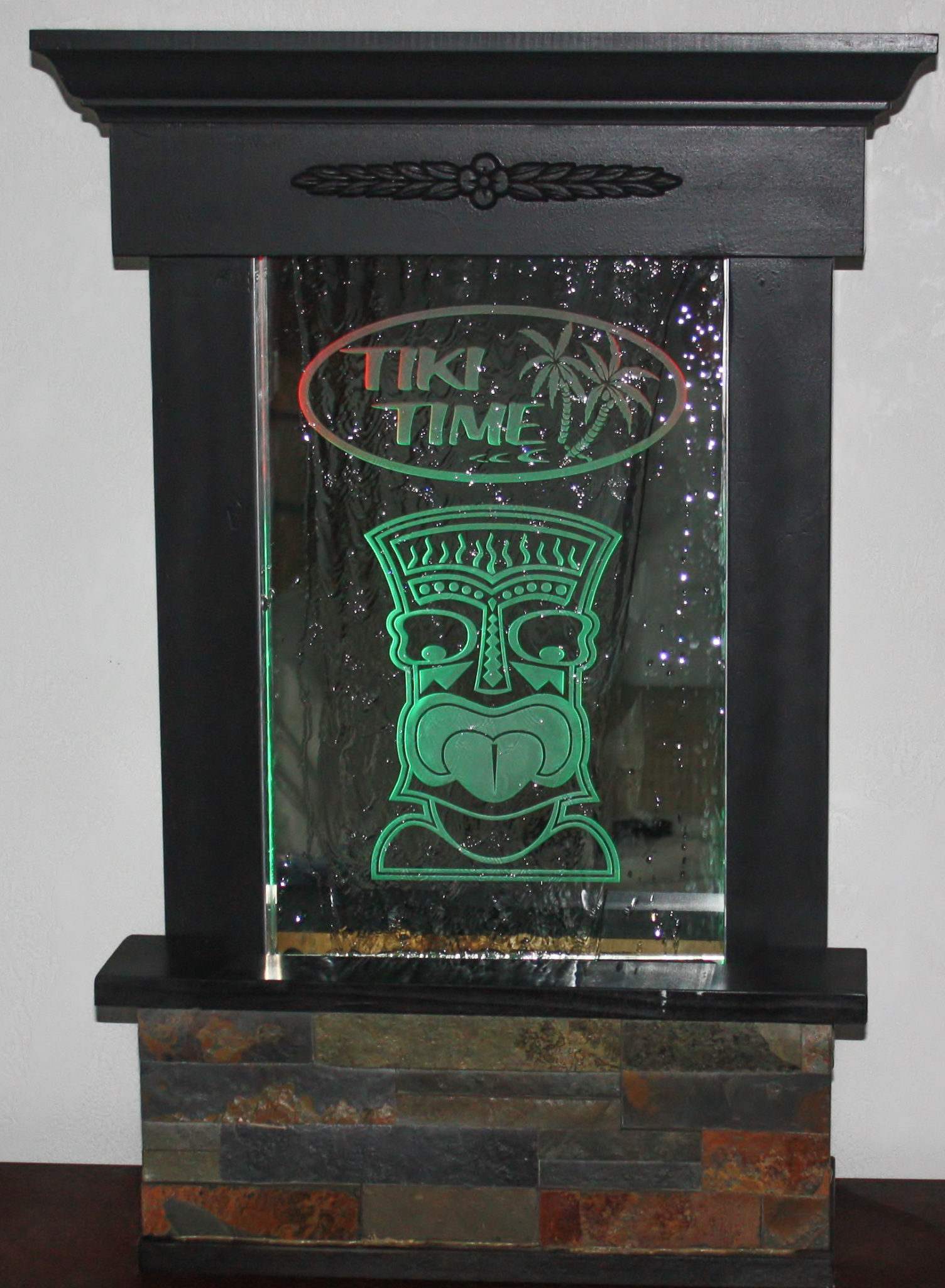 Tabletop Engraved Glass Tiki With Led Lights Makes This